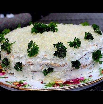 Ефектна солена торта от омлет