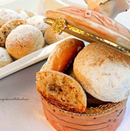 Откраднато от свекървиния архив: Градски курабии с мармалад и орехи