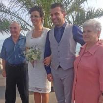 Младоженци от Бургас направиха сватба, която дълго ще се помни