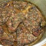 Как да си направим марина за свински пържоли на фурна, за да станат крехки и да се топят в устата