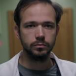 Домът на д-р Василев от Откраднат живот предизвика истинско възхищение, няма такова уютно и приказно местенце (снимки)