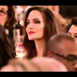 Анджелина Джоли отново много слаба-Снимки