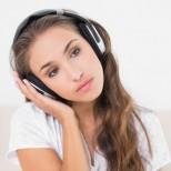 Eто какво се случва с мозъка ви, когато слушате една и съща песен стотици пъти на ден