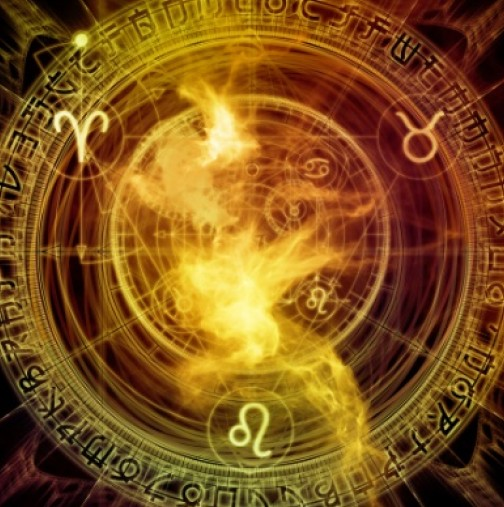 Месечен хороскоп за декември - Успехът няма да подмине 3 зодии, като завършек на годината!