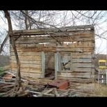 Зашеметяваща трансформация от порутена колиба в уникална провинциална къща