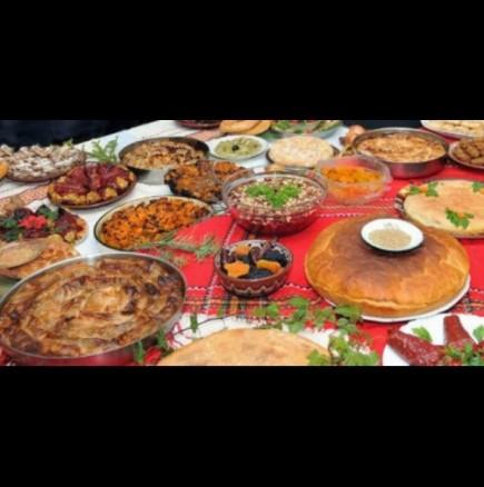 Примерни постни ястия за Бъдни вечер и какво трябва да имате на масата задължително, ако искате пари, здраве и късмет