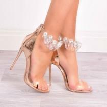 Обувки с ефект на удължено краче станаха хит сред жените