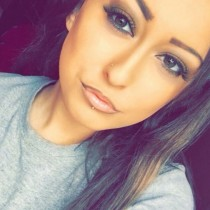 Това красиво момиче не е почитател на наркотиците, но му дават странна капсула-Животът му се преобръща и сега изглежда така!