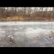 Момче на 11 години загуби живата си, за да спаси приятеля си, пропаднал в леда