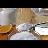 Това е правилният начин да използвате сода за отстраняване на мазнините от корема, бедрата, ръцете и гърба
