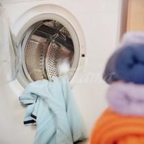 Две съставки, които ще удължат живота на пералнята, а дрехите ви ще миришат добре
