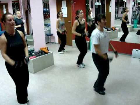 Как да си направим тренировка по Тае-Бо вкъщи 2