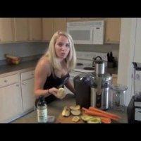 Как да си направим смуути с ябълки, моркови и авокадо