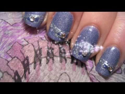Как да си направим блестящ лилав маникюр