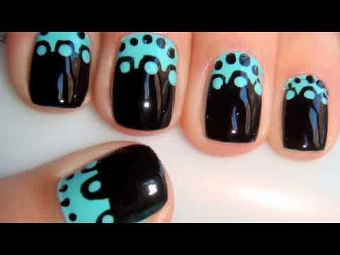 Маникюр за къси нокти в черно и светло синьо