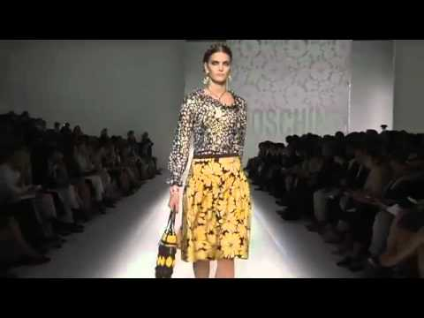 Moschino Пролет-Лято 2012 модно ревю