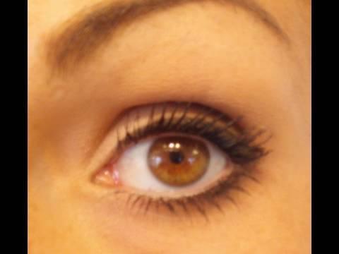 Как да направим, така че малките очи да изглеждат по-големи