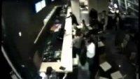 Земетресение 8 по Рихтер на островите Санта Круз и последвало цунами (Видео)