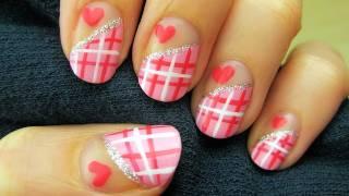 Сладка декорация за нокти сърчица в розово