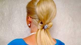 Романтична сватбена прическа с панделка от коса
