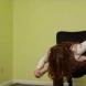 Офис йога-разтягане на бедрата