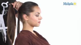 Как да направим опашка с увит кичур коса