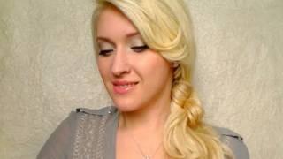 Лесна ежедневна прическа за дълга коса с двоен възел