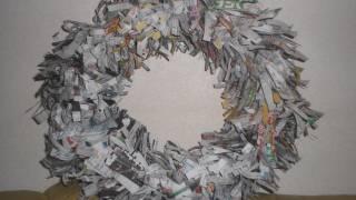 Как се прави венец за врата от вестници