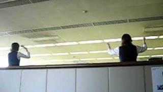 Японски упражнения в офиса