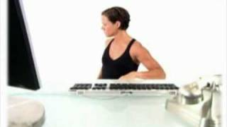 Упражнения за разтягане, докато сте на бюрото