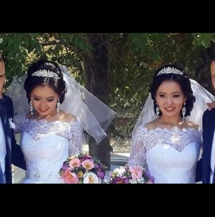 Близнаци се ожениха за близначки