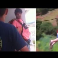 Мъж скача от балкона с парашут
