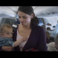 Тя се качи в самолета с ревящо бебе