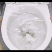 Как се отпушва тоалетна