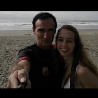 Тя е на 19 години, а той е на 53 години: Планират сватба и той не е богат!