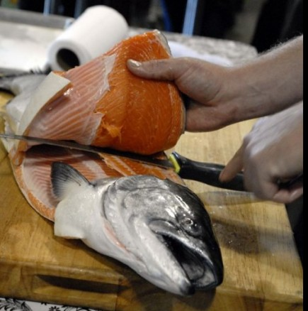 Как да изчистим най- бързо рибата