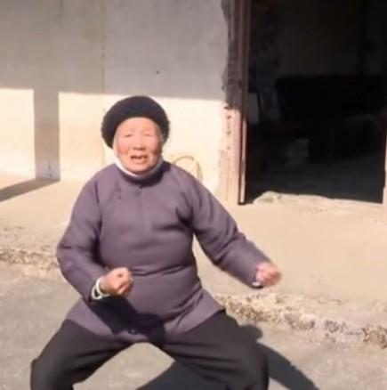 Баба карате майстор