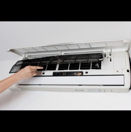 Как да почистим климатика сами
