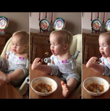 Бебе без ръце се храни с краката