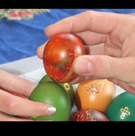 Каква да правим със счупените яйца от Великден