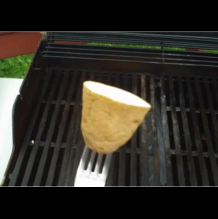 Как да не залепва храна по скарата