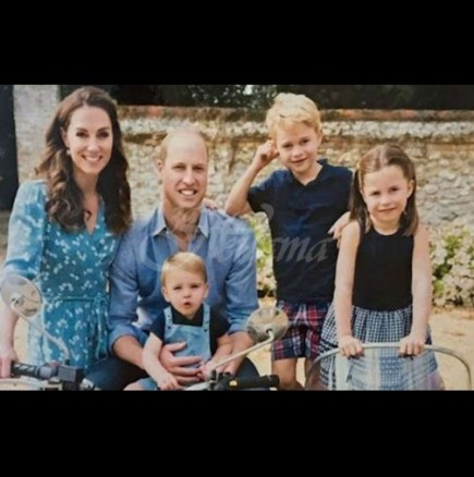 Децата на Кейт и Уилям аплодират медиците