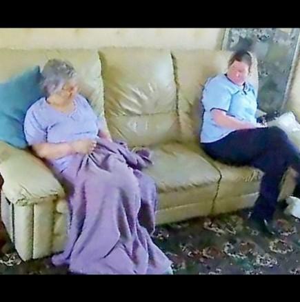 78-годишната й майка страда от деменция