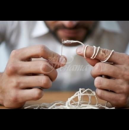 Как лесно да вденем конеца в иглата