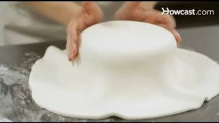 Как се покрива тортата с фондан