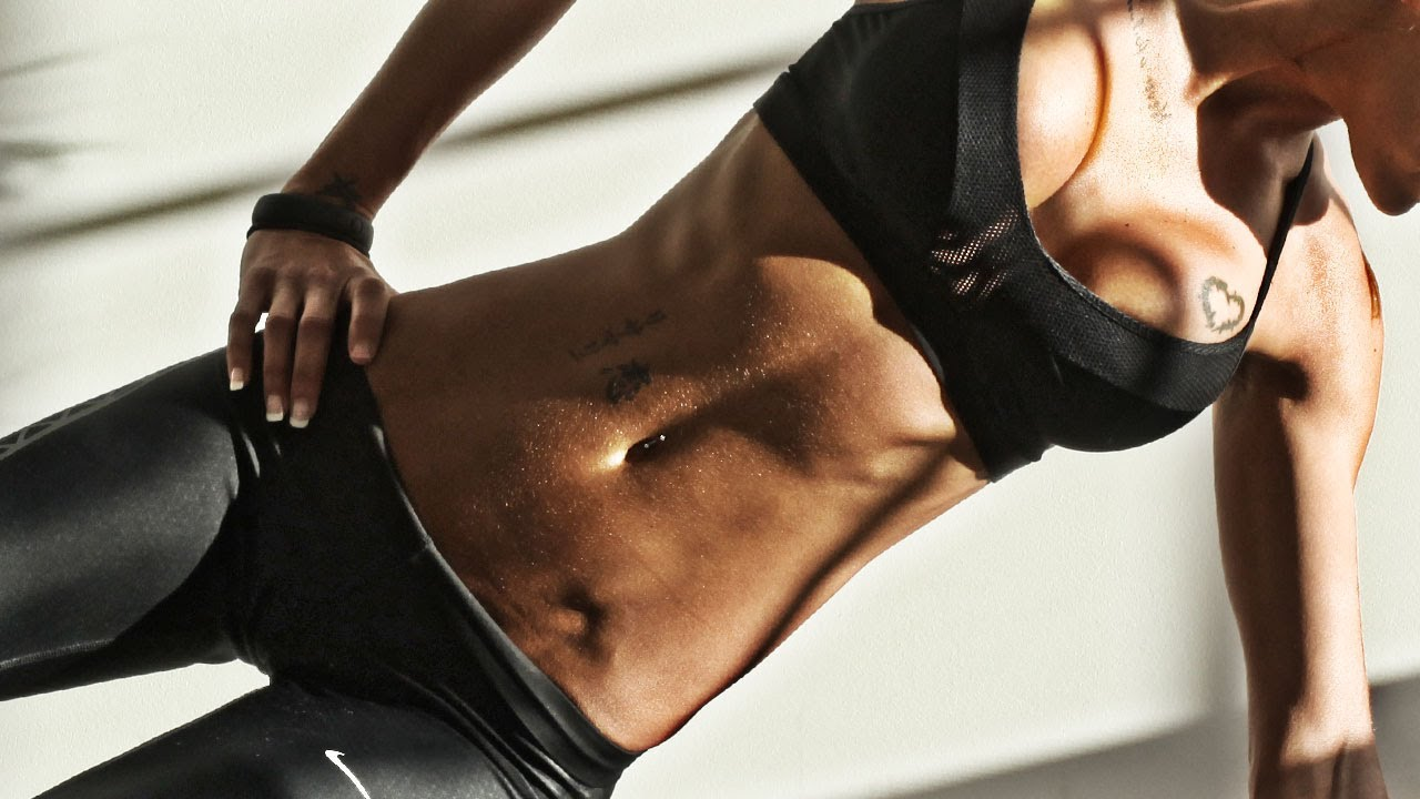 Упражнение за корем за жени