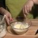 Рецепта за пилешки кюфтенца с панирана тиквичка