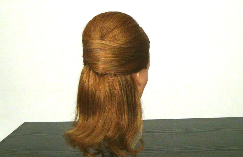 Елегантна прическа за средна и дълга коса