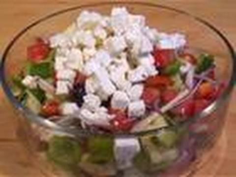 Как да си направим гръцка салата