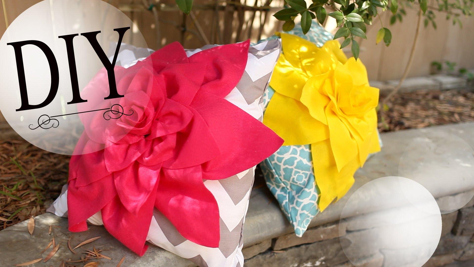 Как да си направим готина възглавница с цвете?